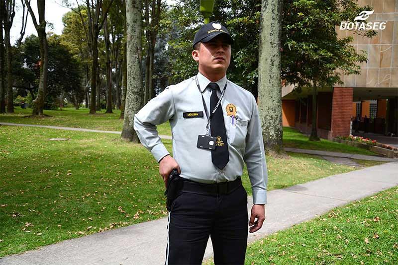 fotografia-profesional-dotaseg-dotaciones-seguridad-privada-bogota-colombia-7
