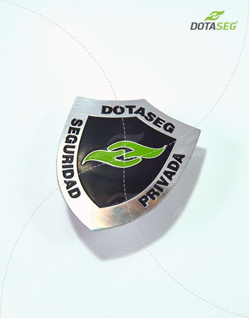 escudo-de-vigilante-para-seguridad-y-vigilancia-privada-bogotá-2