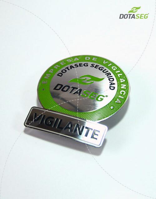 placa-de-vigilante-para-seguridad-y-vigilancia-privada-bogotá-2